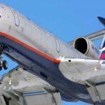 Самолет Минобороны России, летевший в Сирию, упал в Черное море, – журналист