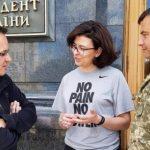 """У Порошенко подготовили темники о львовском мусоре и """"отставке"""" Садового"""